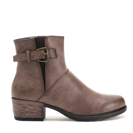 Brown boots with large buckles Rena Shoes